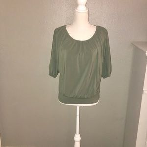 NWOT SZ S EXPRESS OLIVE GREEN DOLMAN SLEEVE TOP